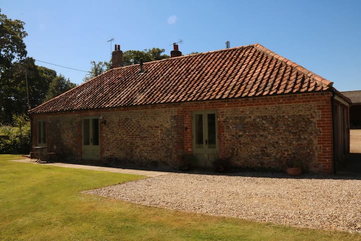 Canfers Barn - stunning, spacious barn conversion - Norfolk - Hus