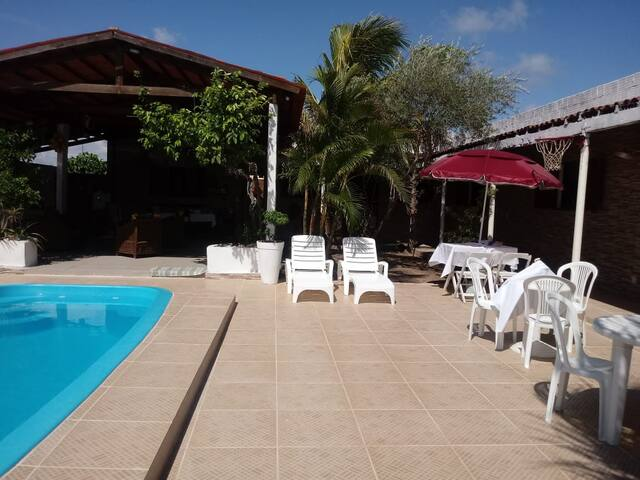 Suítes - Casa aconchegante com piscina