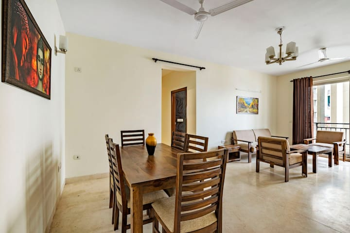 Charming 4 BHK near Dwarka Mor Metro Station/74203