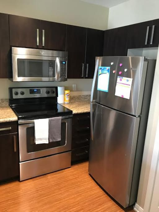 Kitchen: All upgraded appliances