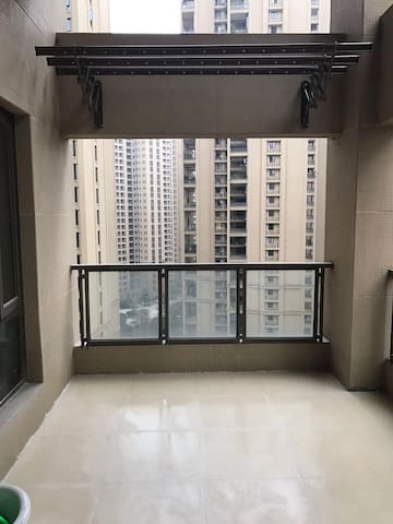 成都天府新区舒适二居室,带停车位 - 成都市 - Apartamento
