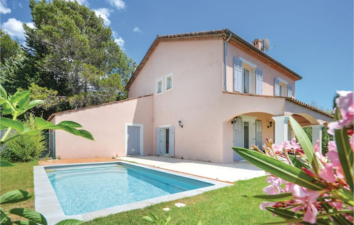 Nice home in Biot with WiFi and 5 Bedrooms