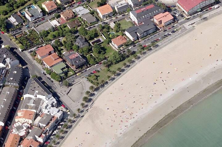 Apartamento  Playa  de Santa Cristina