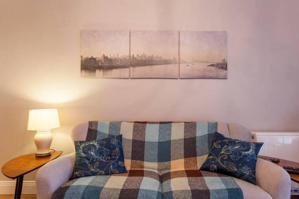 tranquil waterside aviva 3arena rds bordgais appartements louer ringsend dublin irlande. Black Bedroom Furniture Sets. Home Design Ideas