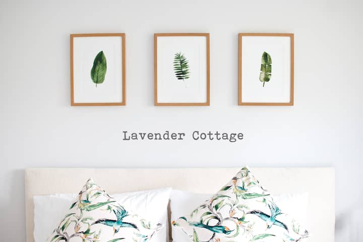 The Lavender Cottage - Picturesque Astley Abbotts