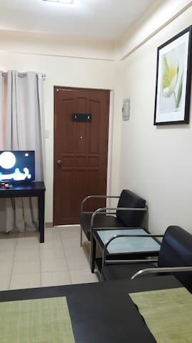 Two Bedrooms Apartment Unit with Spacious Bathroom