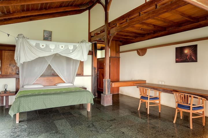 Seaboard Room in Seavibes Villa