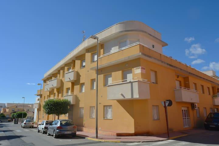 Bonito apartamento en Vera A/A - Vera - Apartment