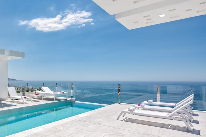 PROBABLY THE MOST EXCLUSIVE VILLA OF NERJA