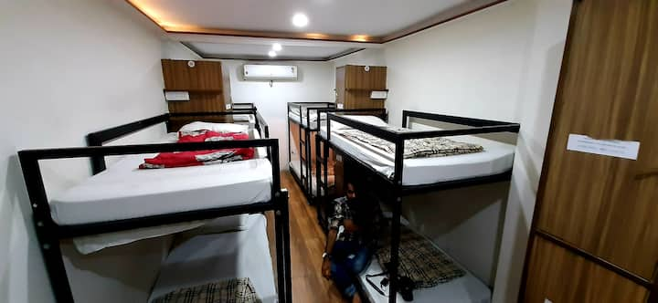 Comfort Stay Hostel Backpackers Dorms