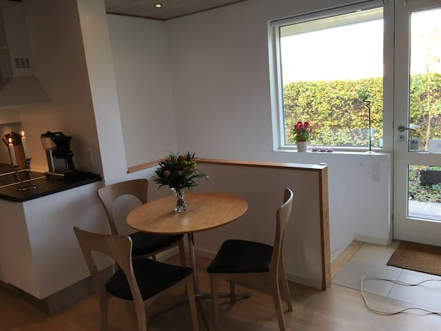 Comfortable apartment with nice wellness bathroom - Hillerød - Wohnung