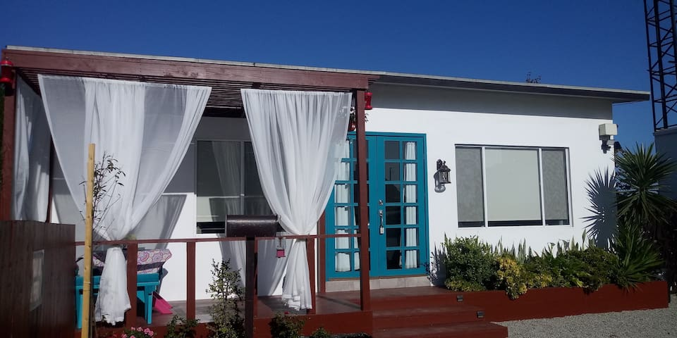 Love nest Bungalow in Rosarito waiting for you