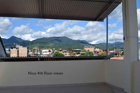 Cozy Room Tarapoto, Air, Hot Water, Wifi, 2 guests