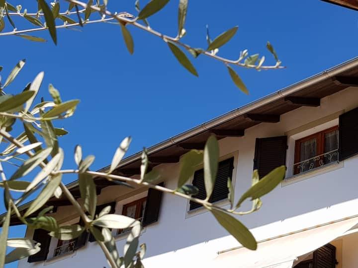 La Tana dei Sognatori - casa con giardino privato