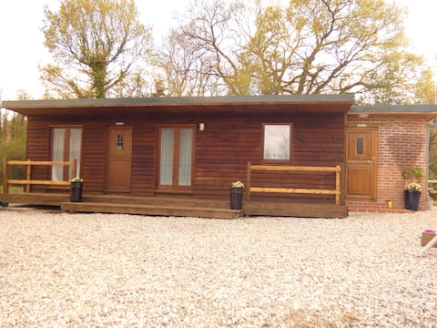Teigngrace  new rural wood chalet self-catering