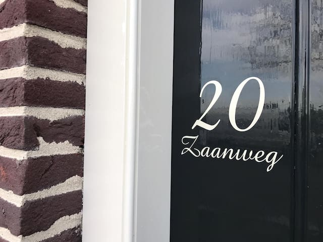 Luxe Apartment built in Cheese Warehouse Anno 1675