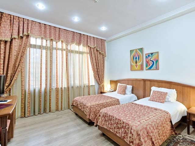 """Room with single beds. Hotel """"Troyka"""""""