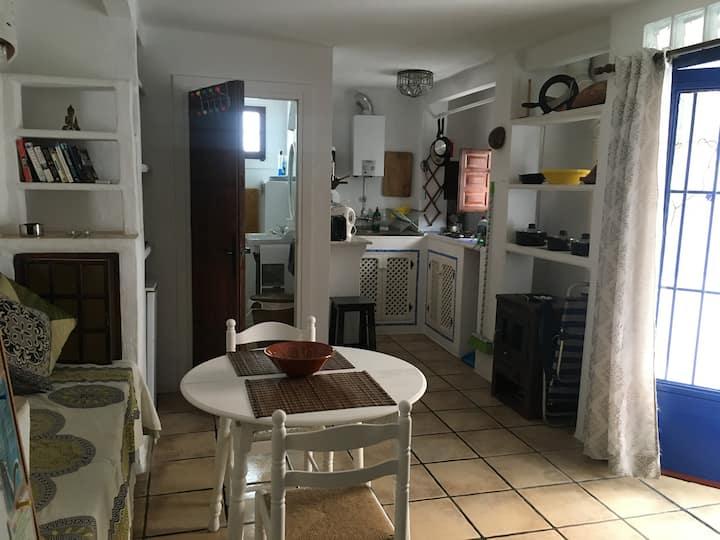 Beautiful Apartment, sleeps 2 old town Almunecar.