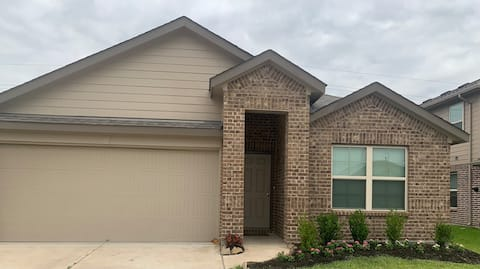 A Quiet Place near Pearland, Sugar Land & Houston
