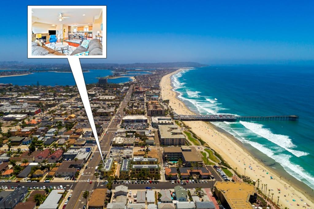 Just one block away from the waves! Close to everything PB has to offer!