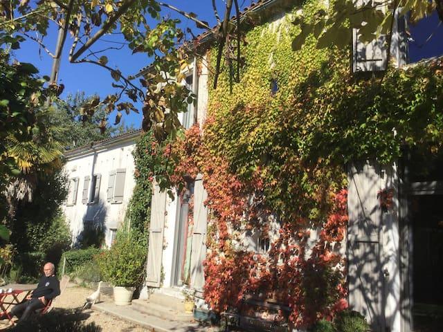 Belle maison charentaise Angoulême