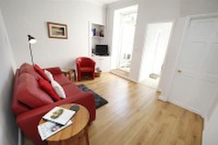 1 Bedroom Flat in Mumbles, Swansea - The Mumbles - Apartamento
