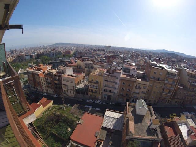 Room in flat with great view of Barcelona! - Barcellona - Condominio