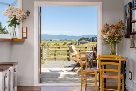 5mile Cottage - Martinborough