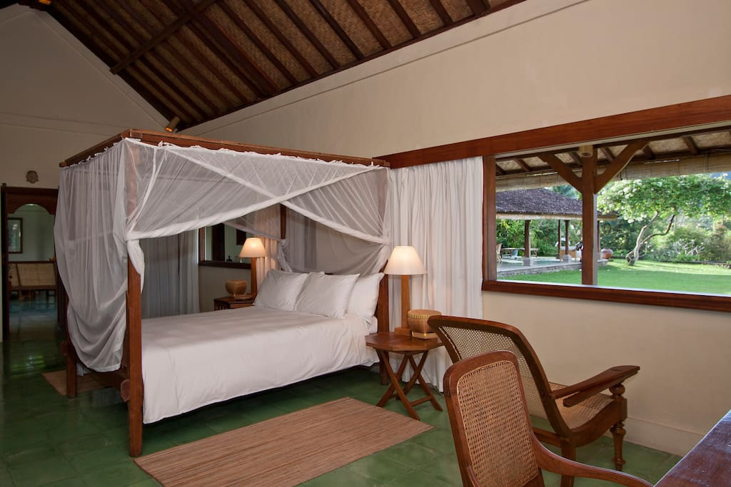 One Bedroom Villa with outside view