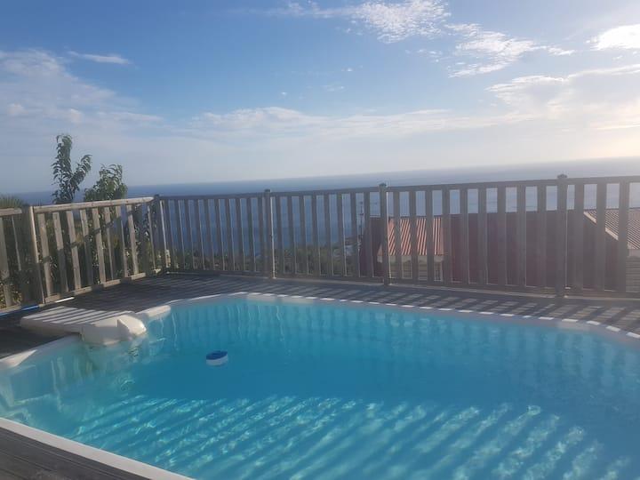 Appartement vue mer imprenable côté piscine