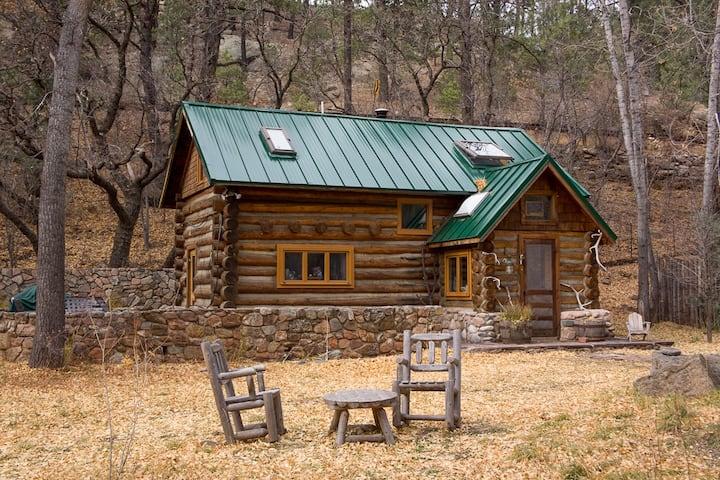 Pecos River Cabin