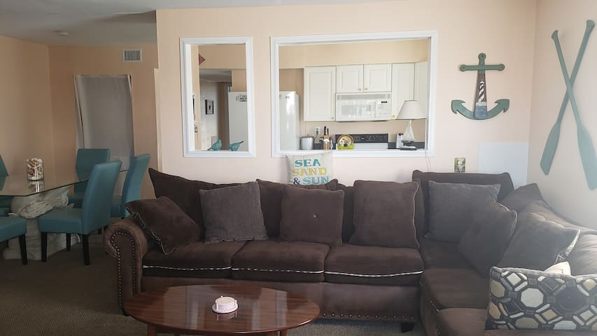 Amazing 2BR OCN BLK condo just steps to the Beach!