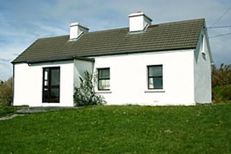 Cottage 175 cleggan - Cleggan - Cabin