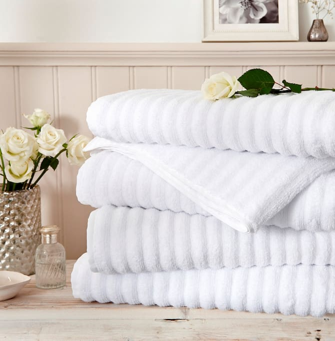 Clean and luxurious towels and linen