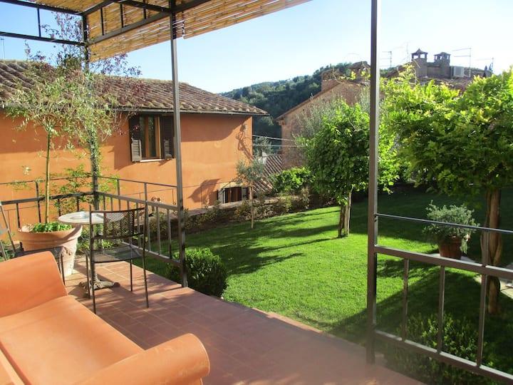 Giardino di S.Michele, Panicale, Umbria, Trasimeno