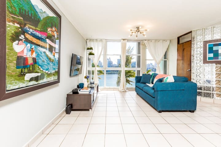 Flamboyán Suite | Unique and stylish apartment with stunning views of the Condado Lagoon