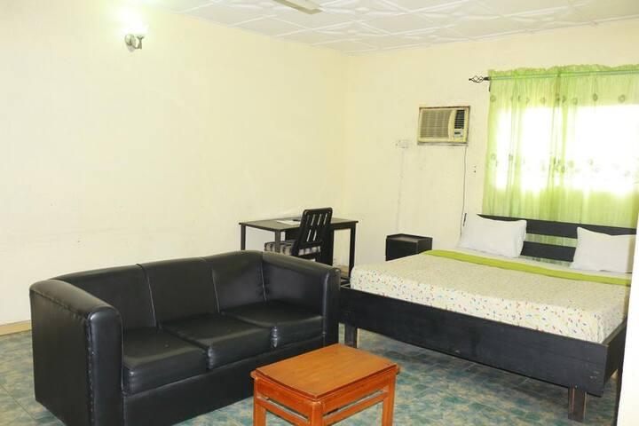 Samaritan Hotel - Diamond Room