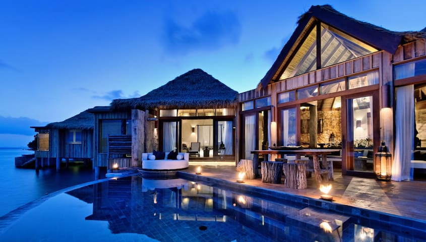 2 Bed Beautiful Villa with Ocean Peek and Pool - Krong Preah Sihanouk - Villa