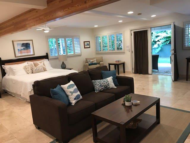 Beautiful Studio Just a Short Walk to Kailua Beach - Kailua - Apartament