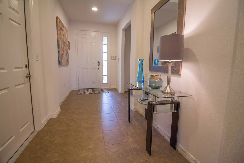Entrance hallway to the stunning 4 bedroom vacation home in Florida