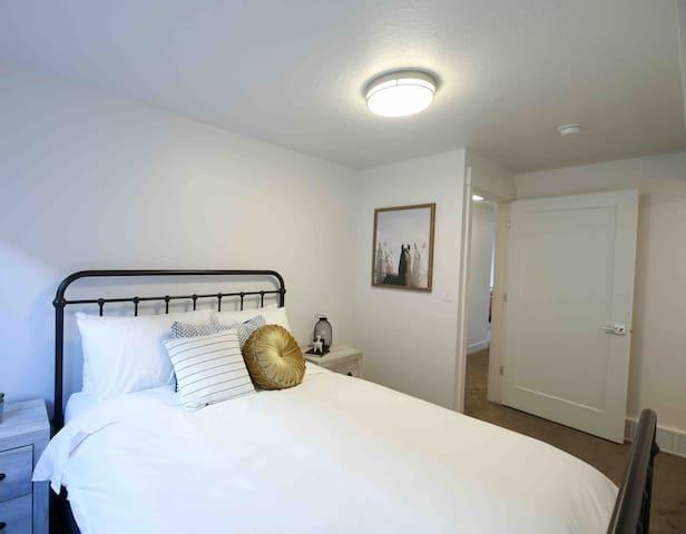 Basement Queen Bedroom
