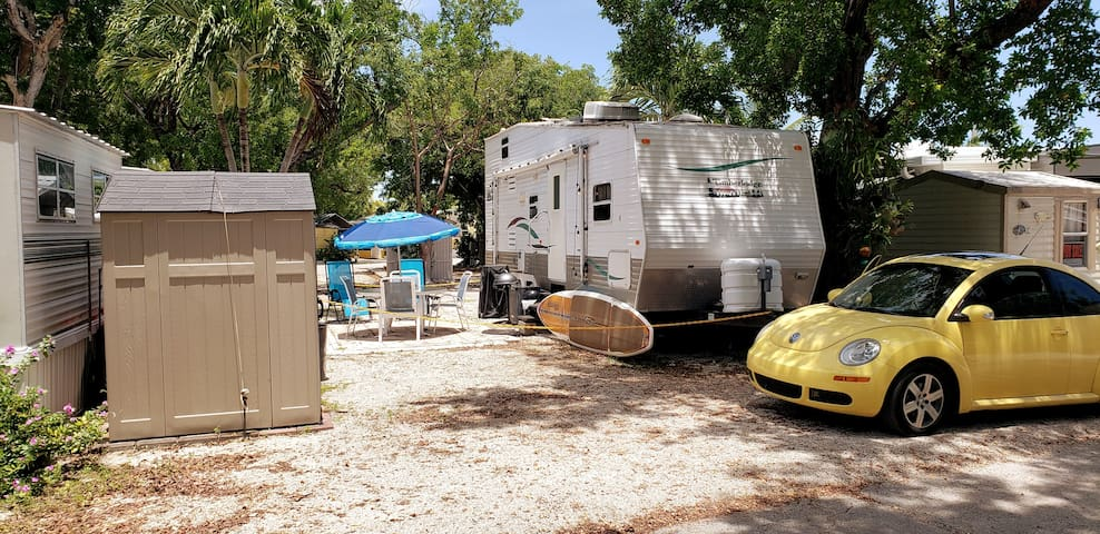 Tiny House RV, Kayak, Snorkel, Beach, Marina, Pool