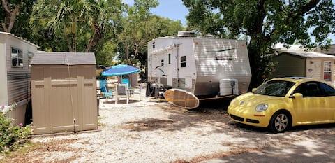 Tiny House RV, Kayak, Beach, Fishing, Marina, Pool