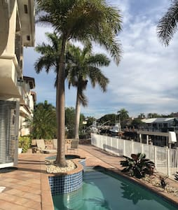 S.Florida Waterfront Executive Home - Ház