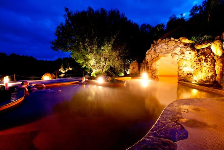 Destination Hotsprings - Rosebud - Casa