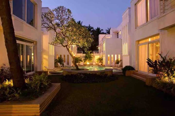 Jia V8 - Quiet Luxury in Candolim