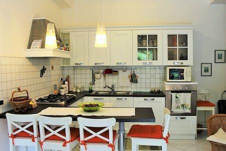 Appartamento Camporeale - Scauri