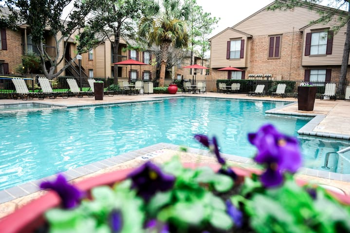 A place to call home | 1BR in Katy