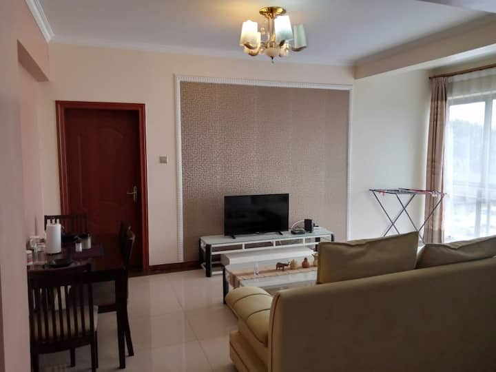 Luxury 1 Bedroom Apartment  in safe, vibrant area