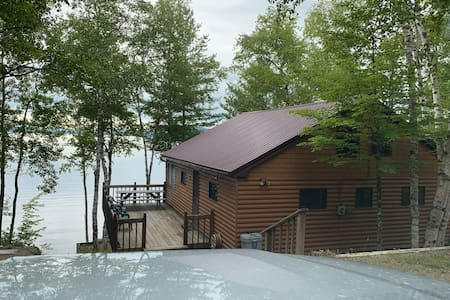 Deep Cove Cottage, Ambajejus Lake